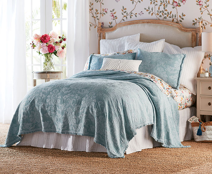 Anessa Bed Collection